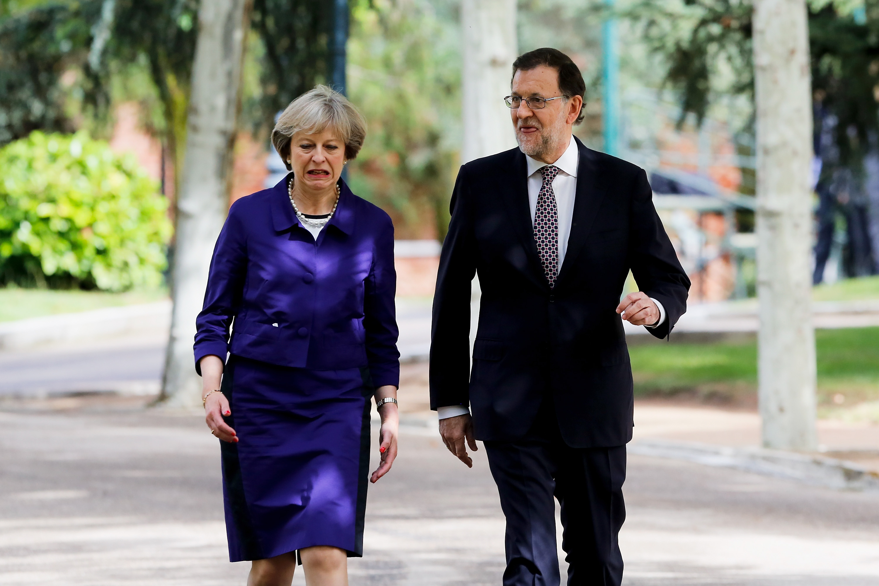 Theresa May meets with Spanish Prime Minister - First News Live